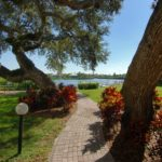 Bay Oaks in Siesta Key Green Areas